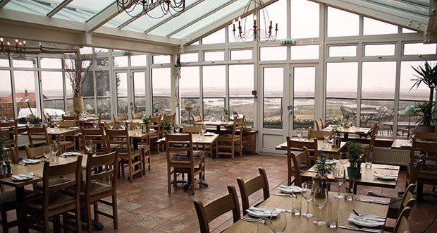 Restaurant at The White Horse.
